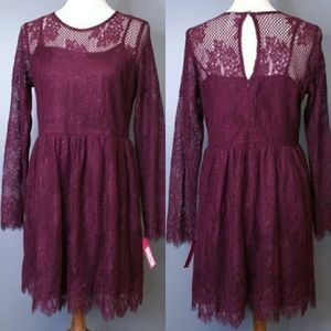 Xhiliration Wineberry Lace Classic Dress Large